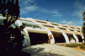 northridge_garage